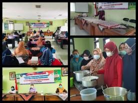 Pelatihan Cluster Herbal-Peningkatan Ekonomi dengan Pengembangan varian puding herbal dan pengemasannya Kelurahan Rejowinangun