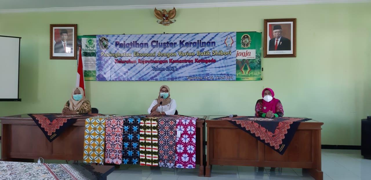 Pelatihan Cluster Kerajinan-Peningkatan ekonomi dengan Varian Batik Shibori-3